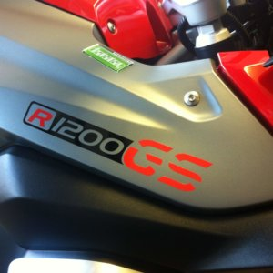 BLACK AND RED LIQUID COOLED R1200GS BEAK STICKER-0