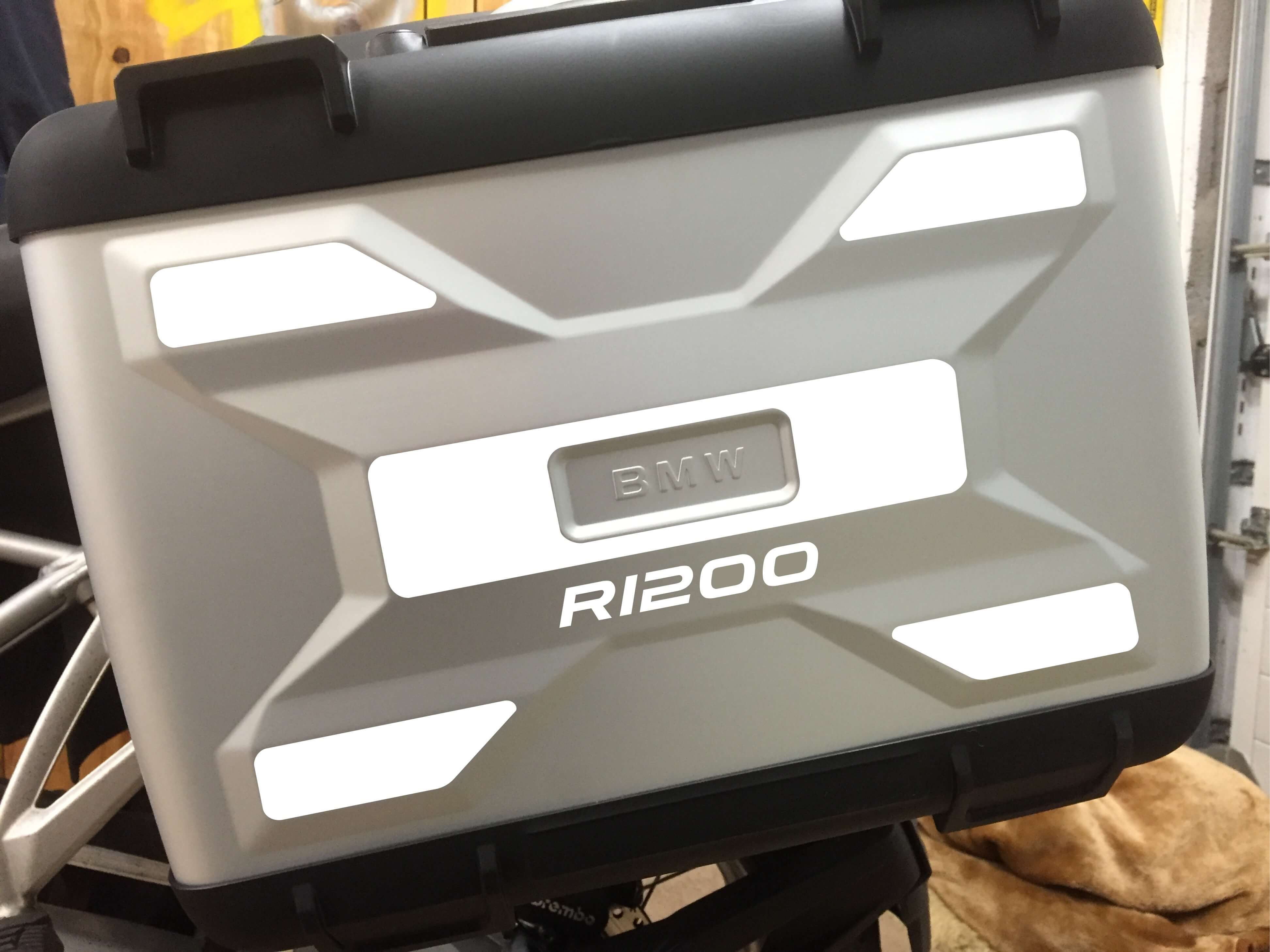 A PAIR OF LIQUID COOLED REFLECTIVE VARIO PANNIER SIDE PANNEL-233