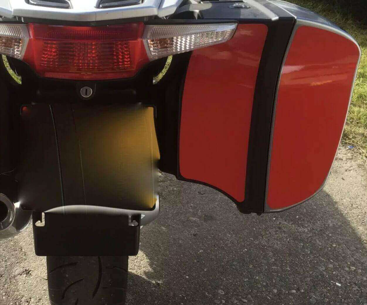 REFLECTIVE R1200RT SAFETY PANELS -0